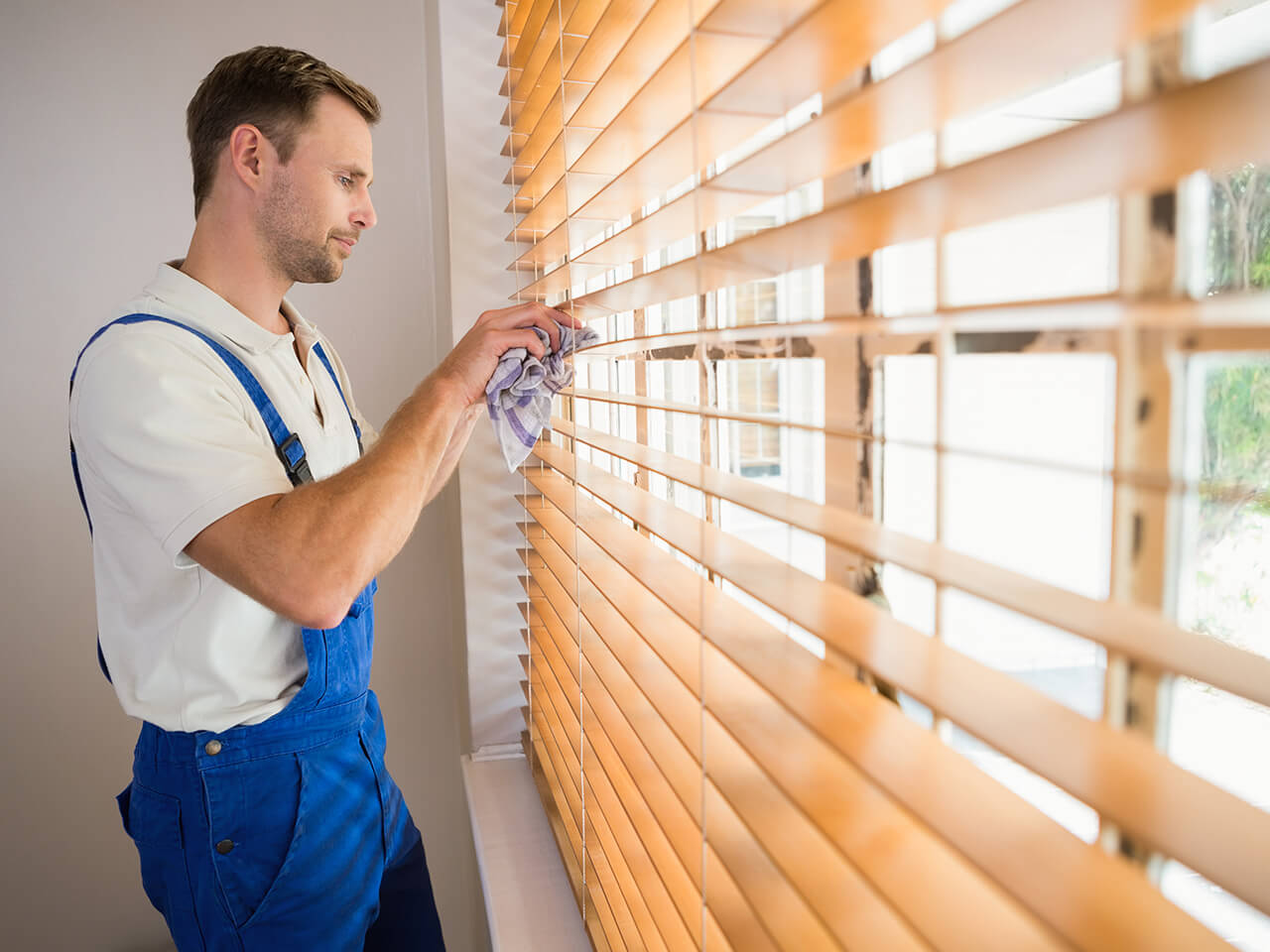 Cleaning Blinds Professionally